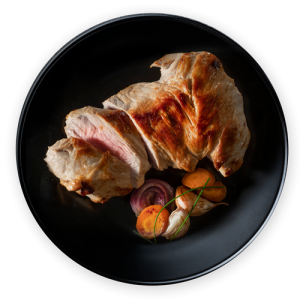 Tu bienestar - plato de  carne con comida saludable